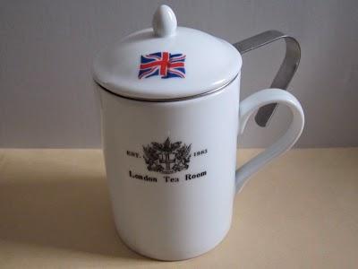 手軽で場所をとらない紅茶の茶器
