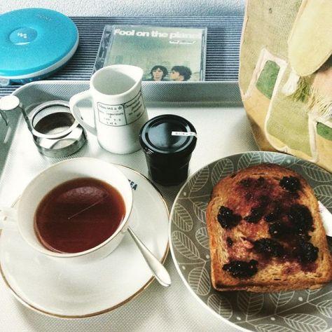 あたらしい一日のはじまり。 #teatime #おはよう #熊本産 #桑の実金柑 (Instagram)