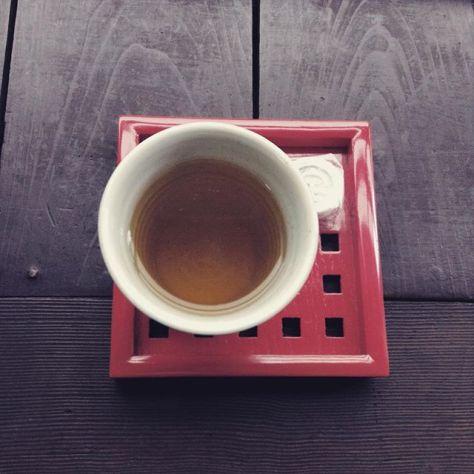 お茶とお菓子。 #いいかおり #種ノ箱 #お茶の時間 (Instagram)