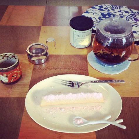 奈良の地紅茶サミットの名残に想いをかけて。 #紅葉 #くれは #和紅茶 #静岡まりこ紅茶 #奈良 #地紅茶サミット (Instagram)