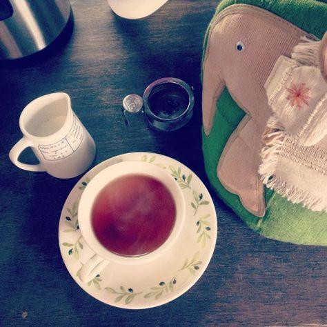日常の1ページになりますように。 #teatime #犬猫紅茶店 #まろやかブレンド (Instagram)
