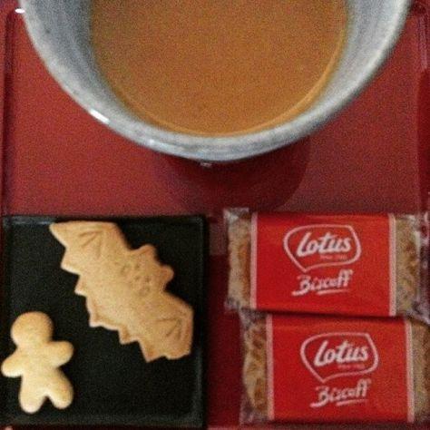おっ、シナモンとジンジャーでチャイできるやん!クッキーから着想して、シナモンジンジャーチャイ♪お茶っ葉はプライドオブスリランカ。 (Instagram)