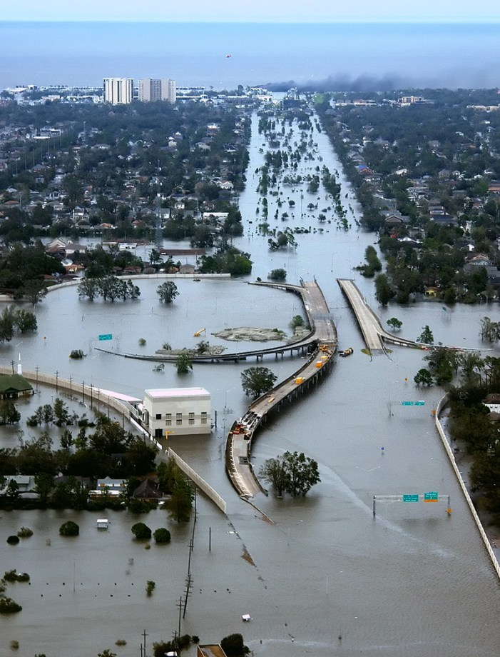 New Orelans underwater after Hurricane Katrina