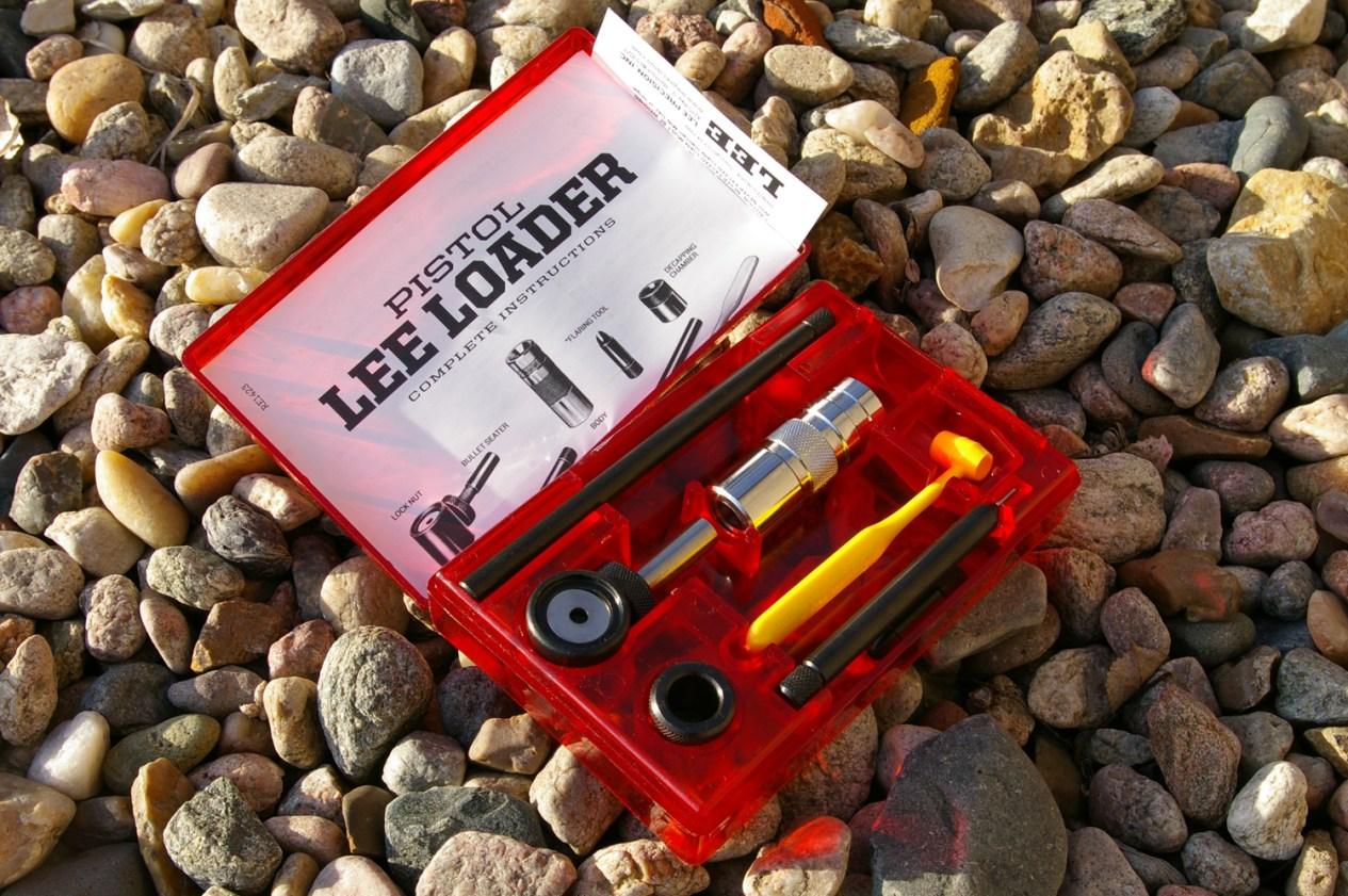 Lee Pistol reloading kit in red plastic kit