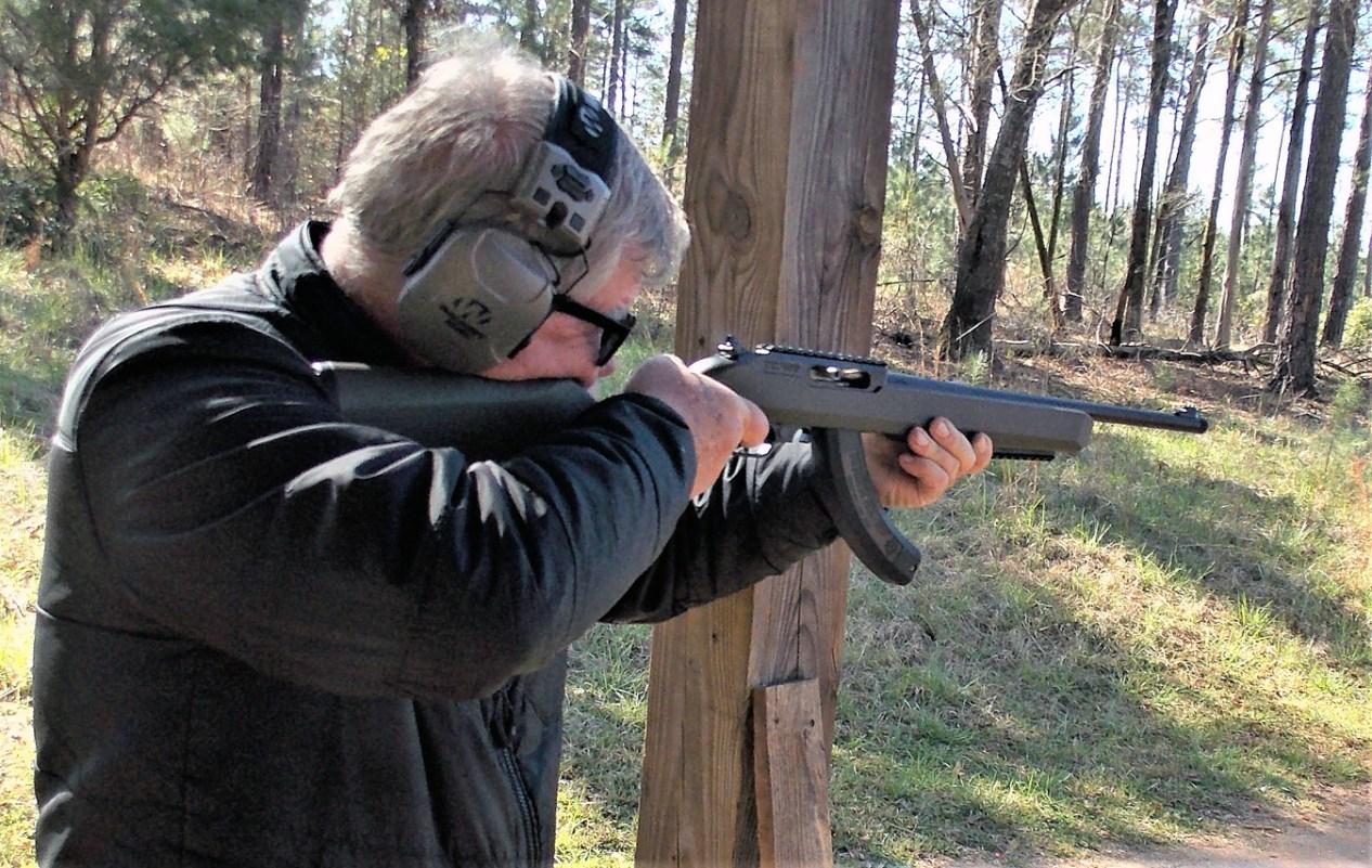 bob Campbell shooting the T/C R22 rifle