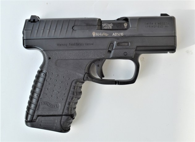 Walther PPS 9mm pistol right profile