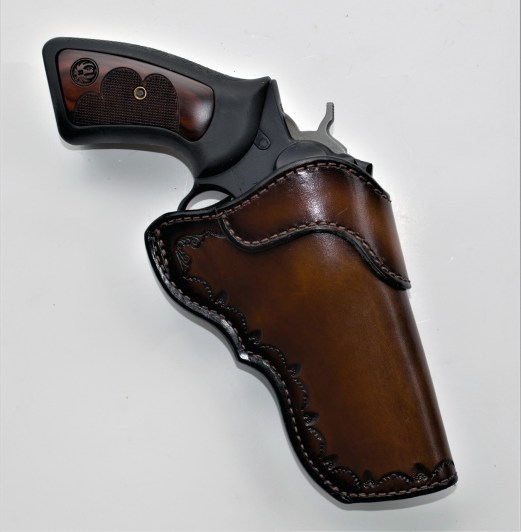 Jeffrey Custom leather holster with Wiley Clapp GP100 revolver