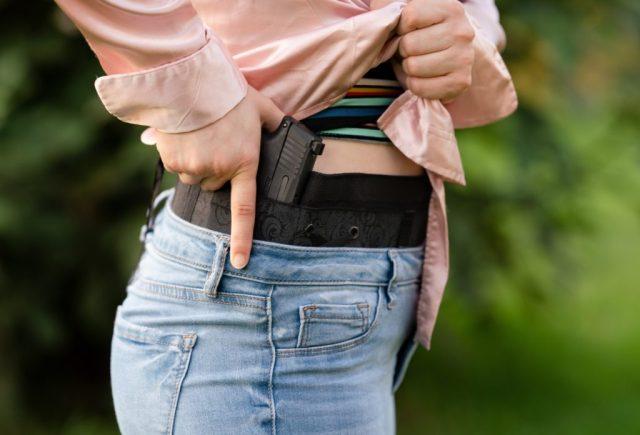 IWB holster female shooters