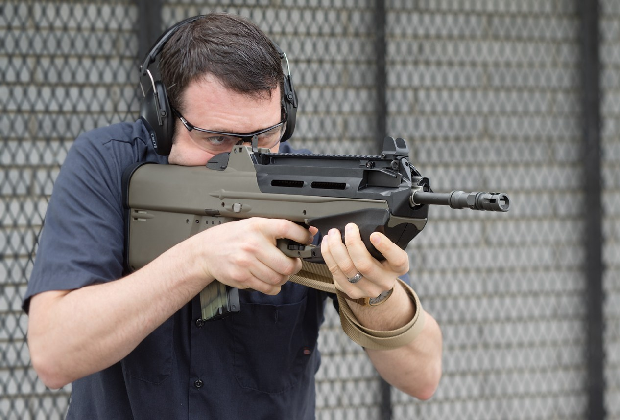 bullpup vs full-length carbine rifle