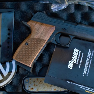 Review SIG P210A