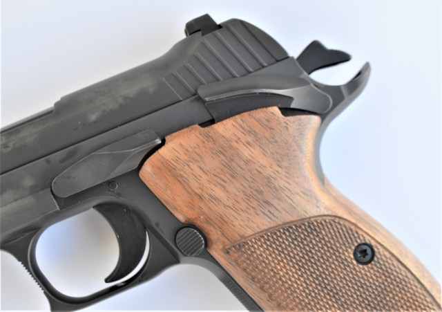 SIG P210A Safety and Beavertail