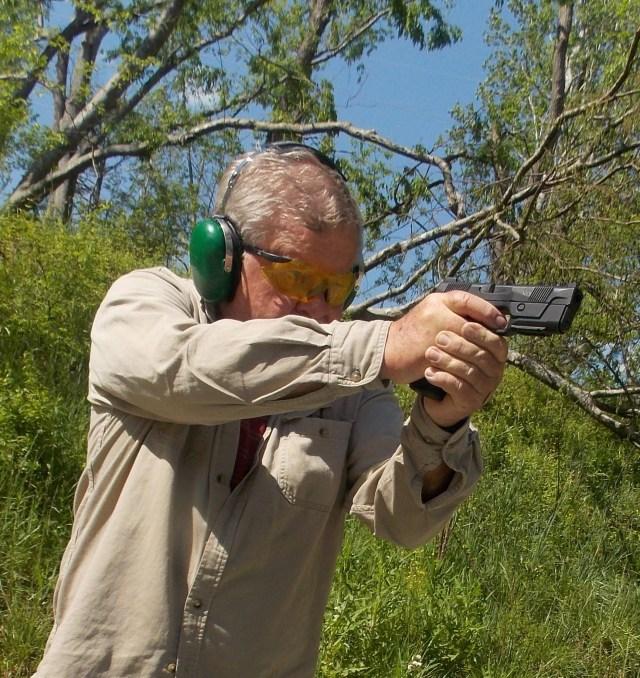 Man shooting Hudson H9