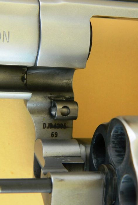 Combat Magnum Crane Lockup