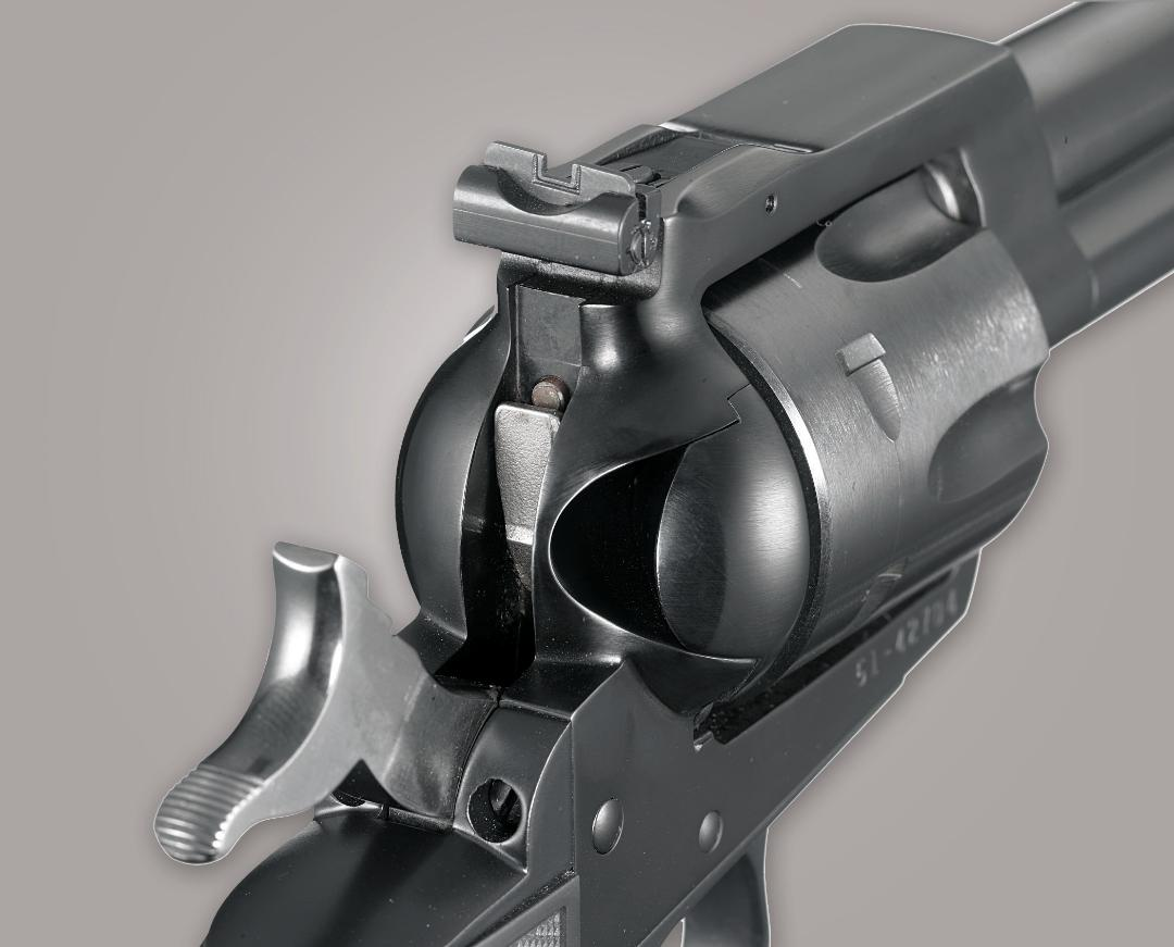 revolver with transfer bar safety
