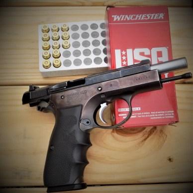 IMI Handgun on Ammo