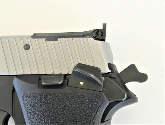 SIG P220 Manual Thumb Safety
