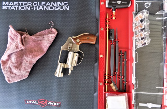 gun cleaning and mini revolver