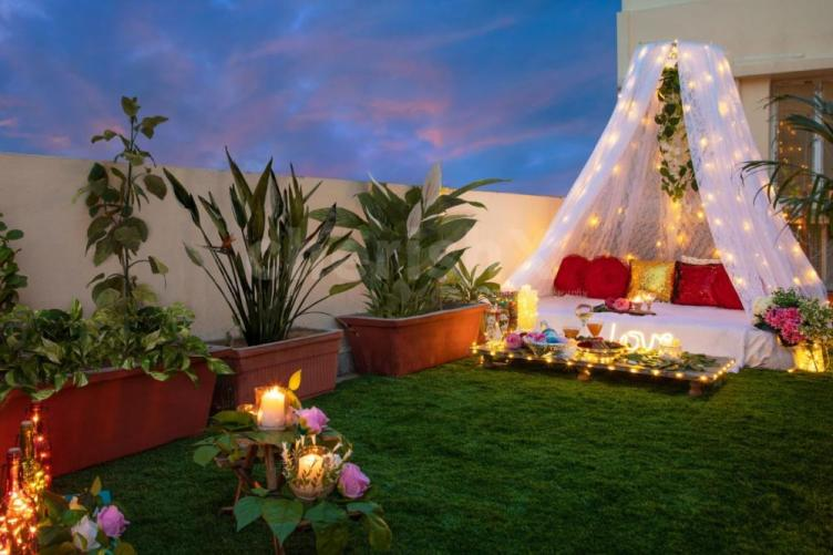 rooftop cabana