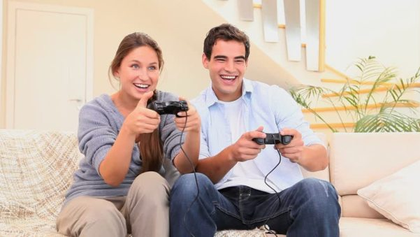 7 ways to spend some quality time together- play games