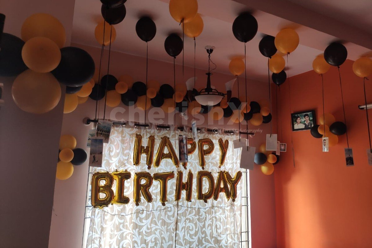 Ceiling Decoration for a Birthday Surprise