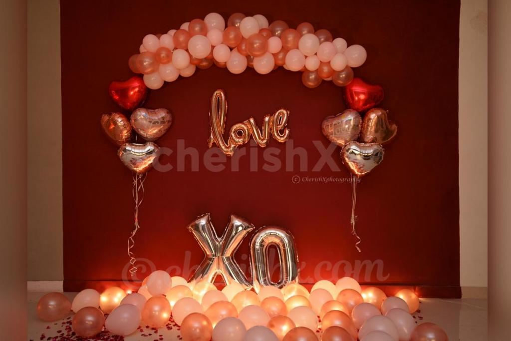 Sweep Your Girlfriend Off Her Feet With These 7 Amazing Valentine's Day Surprises-rose gold love wall decor