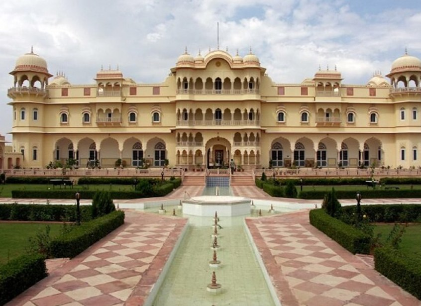 10 Safe Places to go on a Date this Valentine's Day 2021 in Jaipur-nahargarh fort