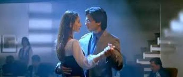 Top 15 Mind-blowing Romantic Songs From Bollywood That Are Perfect To Play On a Date- tum se hi