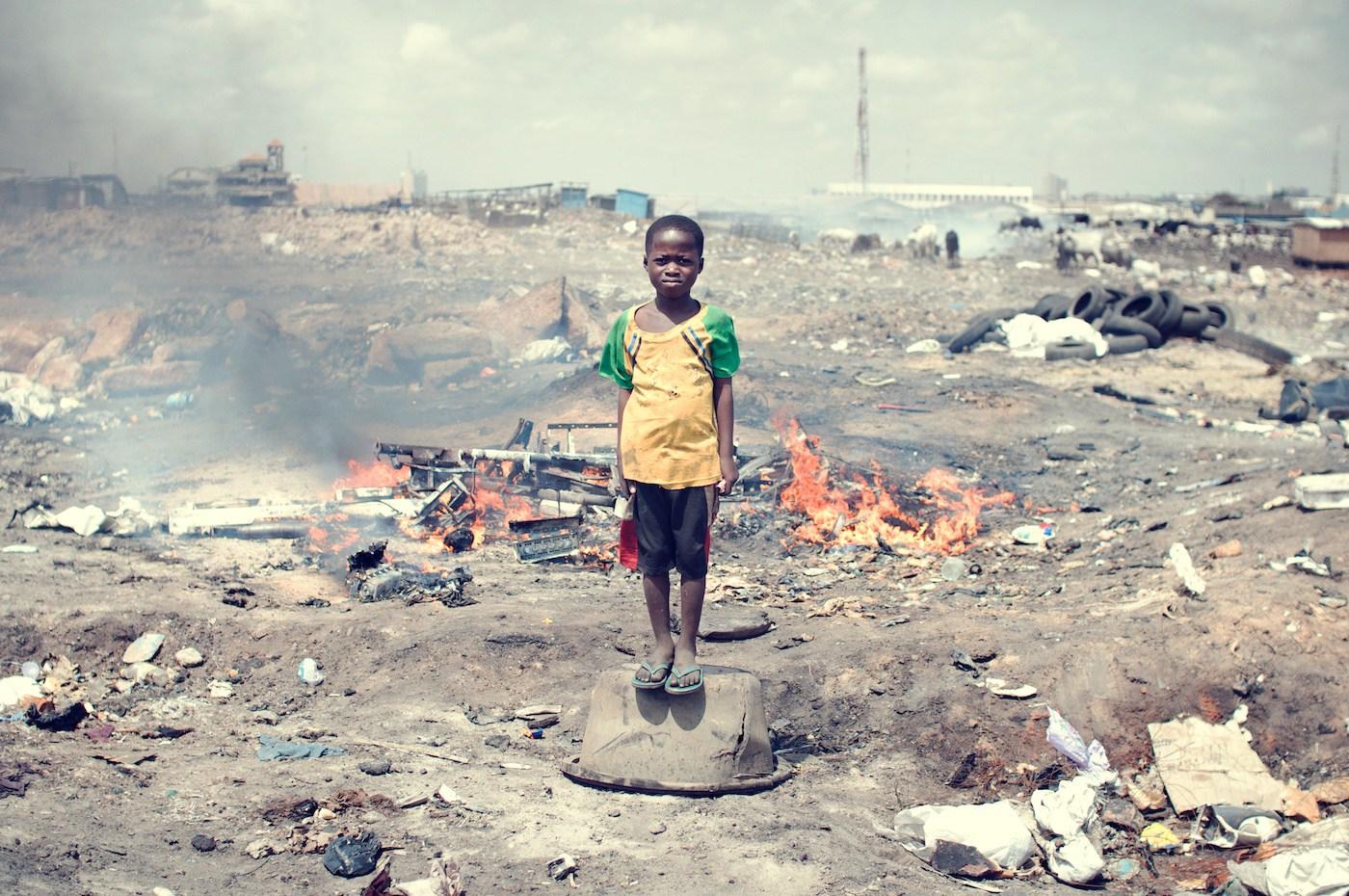 Agbogbloshie_KevinMcElvaney_Accra_e-waste-2