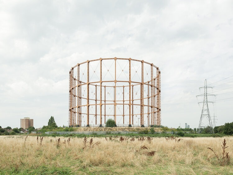 Leigh Road Gas Holder by Francesco Russo
