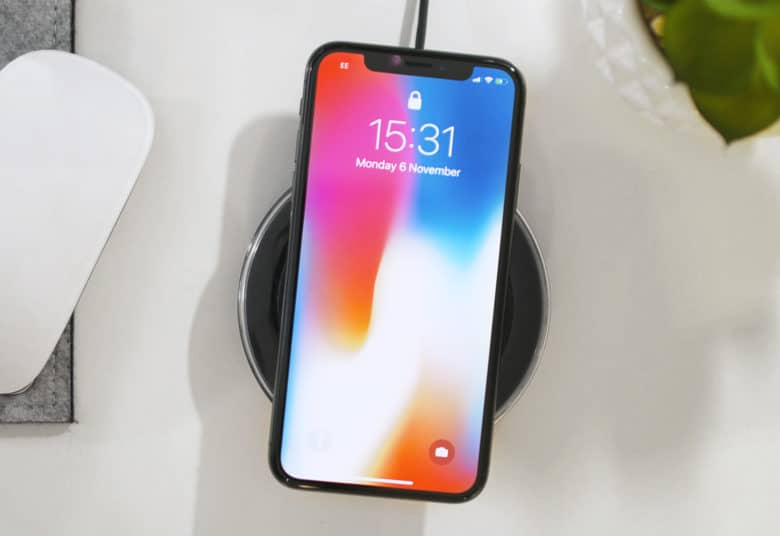 This Is How You Fast Charge Your iPhone X