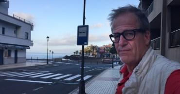 Am Morgen des Rückreisetages warte ich auf den Bus, der mich nach San Sebastián bringen soll.