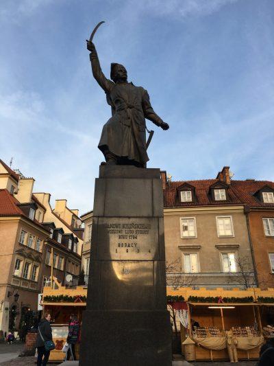 Janowi Kilińskiemu statue