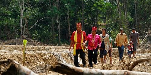 Kepemilikan lahan di Indonesia sangat kompleks, bermula dari kesejahteraan terkait dengan kekayaan sumber alam. CIFOR/Achmad Ibrahim