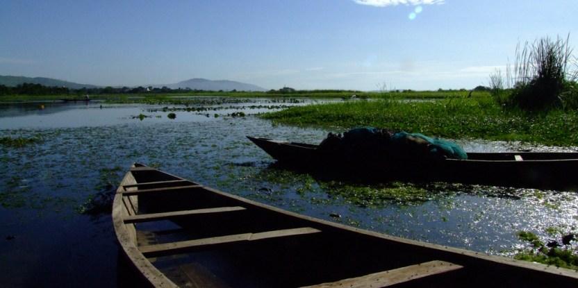 Penduduk pedesaan di Ghana bergantung pada aliran air, sungai dan pengumpulan curah hujan untuk kebutuhan air mereka. John Mauremootoo