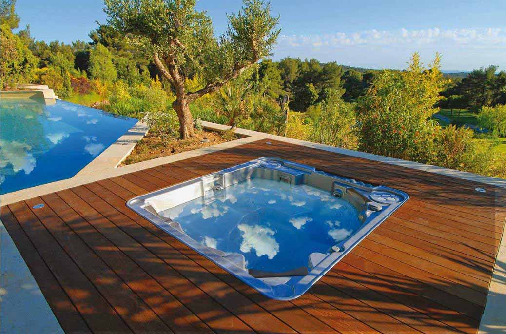 Le jacuzzi ext rieur d tendez vous au grand air for Jacuzzi enterre exterieur