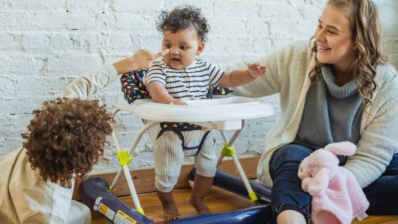 Andaderas para bebé: ¿son convenientes de usar?