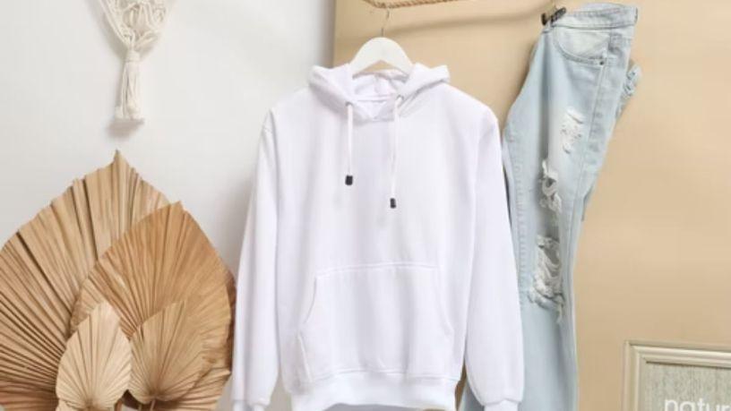 Utiliza una hoodie con estilo