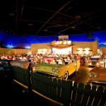 Locuri spectaculoase: Cinematograful de la Disney cu autoturisme in loc de scaune