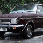 Masina lui Nicoale Ceausescu vanduta cu 40.000 euro zace abandonata