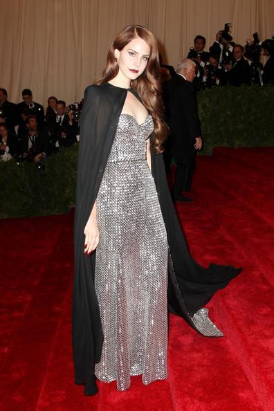 Lana+Del+Rey+Celebs+Red+Carpet+Met+Gala+NYC+z870Zkvyg2El