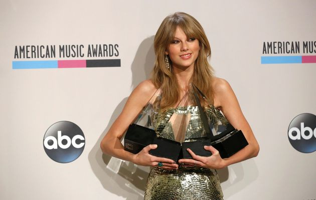 MUSIC-AMERICANMUSICAWARDS-25-11-2013-06-11-44-10