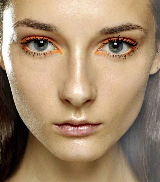 Famoso Occhi azzurri: come esaltarli con il trucco! HG04
