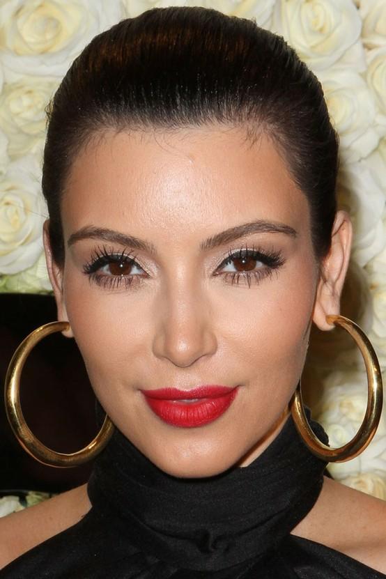 kim-kardashian-red-lips