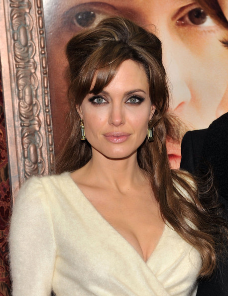 Angelina+Jolie+Makeup+Smoky+Eyes+ch19XnO_zSnl