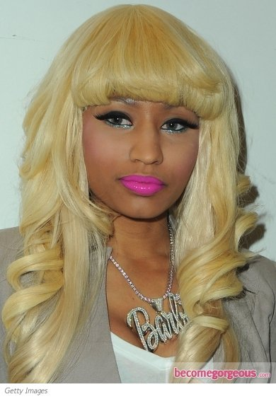 nicki_minaj_metallic_makeup.