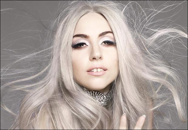 tanto possiamo sempre raccontare che seguiamo la moda e che ci piace Lady  Gaga!   d37cfc354e4