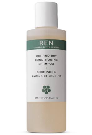 Ren Oat And Bay Conditioning Shampoo, molto idratante e mi lascia i capelli morbidi anche senza utilizzare il balsamo.
