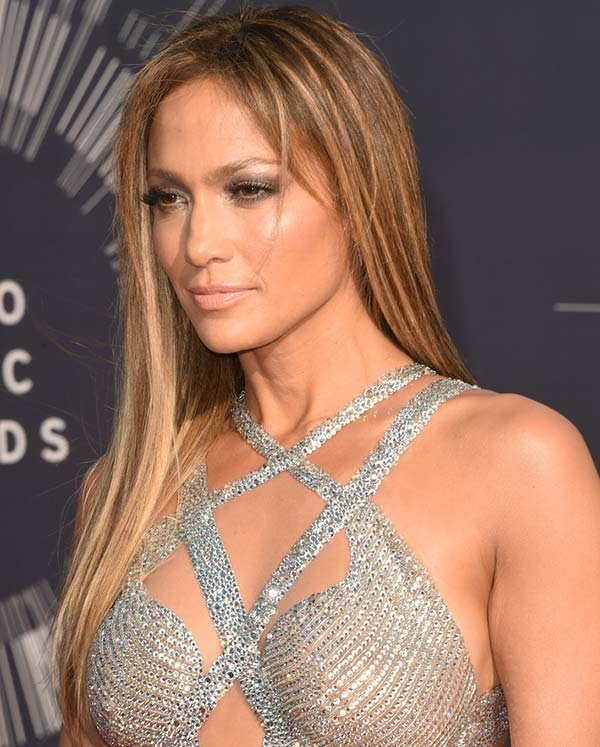 MTV_VMA_2014_best_celebrity_hairstyles_Jennifer_Lopez_straight_hair