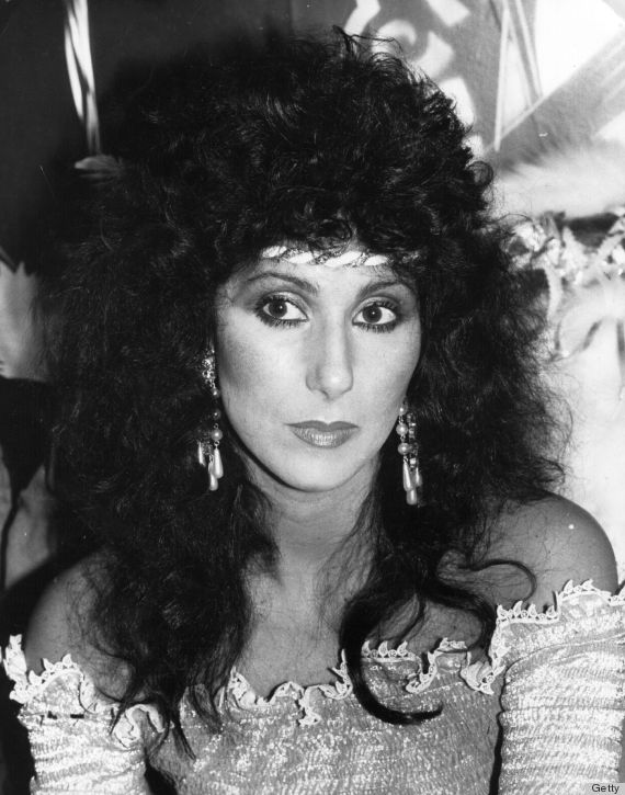 e di nuovo Cher in versione riccia!