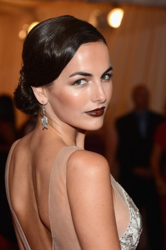 how-to-rock-dark-lips-15-best-examples-from-celebrities-11